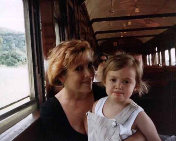 ビリー・ラードと母キャリー・フィッシャー